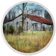 Old Wooden Barn Round Beach Towel