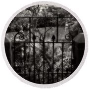 Olde Victorian Gate Leading To A Secret Garden - Peak District - England Round Beach Towel