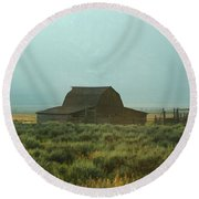 Oldest Barn In The Country Round Beach Towel
