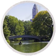 On The Pond - Central Park Round Beach Towel