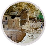 One End Of Spruce Tree House On Chapin Mesa In Mesa Verde National Park-colorado Round Beach Towel