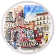 Onion And Garlic Street Seller In Siracusa Round Beach Towel