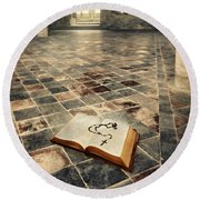 Open Book And Roasary On The Floor Round Beach Towel