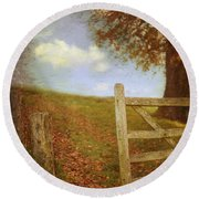 Open Country Gate Round Beach Towel