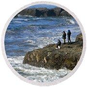 Oregon Coast Fishermen Round Beach Towel