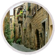 Orvieto Lane Round Beach Towel