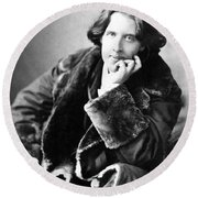 Oscar Wilde In His Favourite Coat 1882 Round Beach Towel