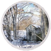 Outhouse In Winter Round Beach Towel