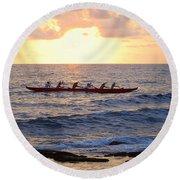 Outrigger Canoe At Sunset In Kailua Kona Round Beach Towel