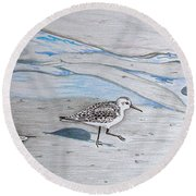 Overcast Day With Sanderlings Round Beach Towel