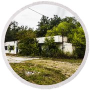 Overgrown Round Beach Towel