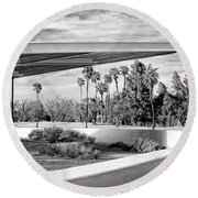 Overhang Bw Palm Springs Round Beach Towel