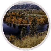 Oxbow Bend In The Wenatchee River Round Beach Towel