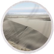Pacific Ocean Sand Dunes Round Beach Towel
