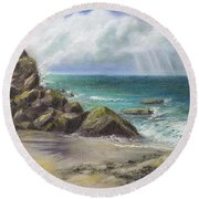 Pacific Splendor Round Beach Towel