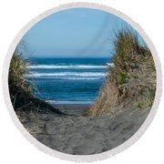 Pacific Trail Head Round Beach Towel