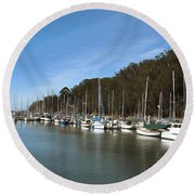 Painting Bay Side Harbor Round Beach Towel