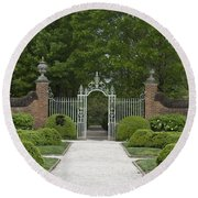 Palace Garden Gate Round Beach Towel