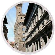 Palazzo Vecchio And Uffizien Round Beach Towel