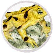 Panamanian Golden Frog Round Beach Towel