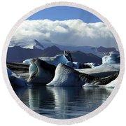 Panoramic View Of Icebergs And Glaciers Round Beach Towel