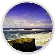 Panoramic View Of The Pacific Ocean Round Beach Towel