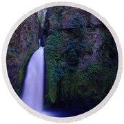 Paradise Pours Wanclella Falls Oregon Round Beach Towel