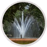 Parc De Bruxelles Fountain Round Beach Towel