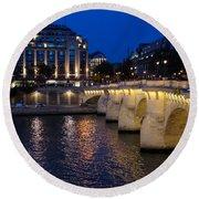 Paris Blue Hour - Pont Neuf Bridge And La Samaritaine Round Beach Towel