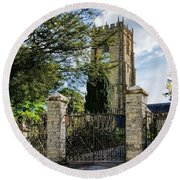Parish Church Of St Candida And Holy Cross Round Beach Towel
