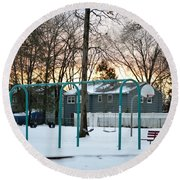 Park In Winter Round Beach Towel