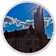 Parkersburg Courthouse Round Beach Towel