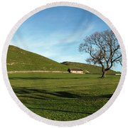Pasture Land At Thorpe - Derbyshire Round Beach Towel
