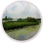 Peaceful Kinderdijk Round Beach Towel