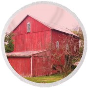 Pennsylvania Barn  Cira 1700 Round Beach Towel