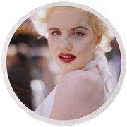 Beauty Of Marilyn Monroe Round Beach Towel