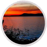 Perfect Marine Sunset Round Beach Towel