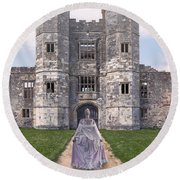 Period Lady In Front Of A Castle Round Beach Towel
