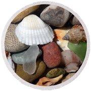 Petoskey Stones Lv Round Beach Towel