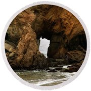 Pfeiffer Beach Rocks In Big Sur Round Beach Towel