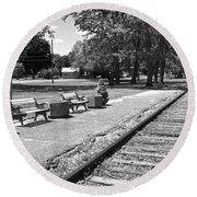 Phelps Ny Train Station In Black And White Round Beach Towel