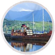 Pibroch Glascow Rusty Ruin Round Beach Towel