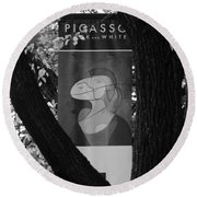 Picasso In Black And White Round Beach Towel