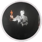 Pablo Picasso   With Axe And Oscar Tribute To Robin Williams Round Beach Towel