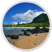 Picture Perfect Haena Beach Round Beach Towel