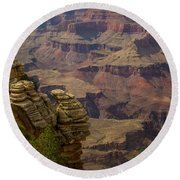 Picturesque View Of The Grand Canyon Round Beach Towel