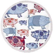 Piggy In The Middle Round Beach Towel