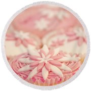 Pink And White Cup Cakes Round Beach Towel