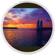 Pink Sunset In Key West Florida Round Beach Towel by Susanne Van Hulst