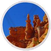 Pinnacles Of Red Rock Round Beach Towel